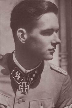 SS-Hauptsturmführer von Ribbentrop   Flickr - Photo Sharing!