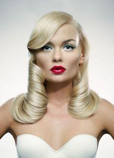 glamorous vintage inspired hair
