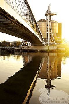 Manchester, England (this is just across from The Lowry ) you stood next to this bridge I Love Manchester, Manchester England, London Bridges Falling Down, Great Places, Places Ive Been, Salford, Modern City, Built Environment, Travel Around The World