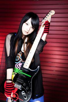 今日のギター女子 No-63 誰か知らんけど。