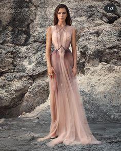 Evening Dresses, Prom Dresses, Formal Dresses, Elegant Dresses, Pretty Dresses, Fantasy Dress, Colorblock Dress, Mode Inspiration, Beautiful Gowns