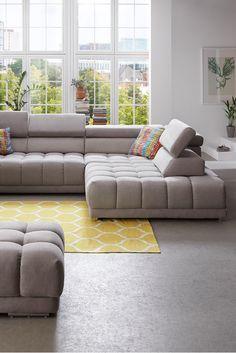 Ecksofa Satellite | Das komfortable Sofa besticht durch eine bequeme Polsterung, welche mit einer viereckig gesteppten Musterung überzeugt. Nimm Platz - du wirst es lieben. #sofa #comfort #grey #satellite #MoebelLETZ