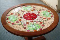 Petite table verre peint