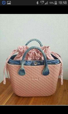 Louis Vuitton Speedy Bag, Purses And Bags, Fashion Shoes, Creations, Pouch, Handbags, Tote Bag, Leather, Style