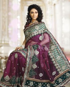 Alluring Magenta Saree with Blouse