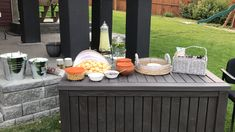 Drinks and snacks Baby Shower Themes, Rustic, Snacks, Country, Drinks, Outdoor Decor, Home Decor, Country Primitive, Drinking