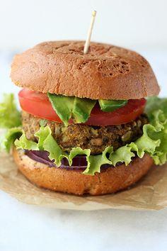 Cauliflower Lentil Veggie Burger with Spicy Turmeric Aioli {Gluten-free + Dairy-free} with Vegan option // Tasty Yummies