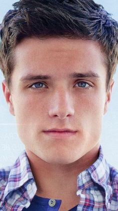 Jawline...eyes...hair...mouth...nose...ears...  EVERYTHING about this boy is perfect!!! #JoshHutcherson