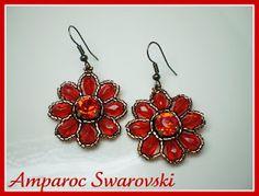 Pendientes con cristales de Swarovski y cristales de Bohemia color rojo (Light Siam). Delicas Miyuki en tono bronce.