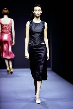 Prada Spring 1998 Ready-to-Wear Fashion Show - Audrey Marnay