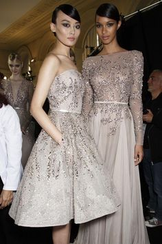 Backstage at Elie Saab Fall/Winter 2013 Haute Couture at Paris Fashion Week. Stunning Dresses, Beautiful Gowns, Elegant Dresses, Beautiful Outfits, Formal Dresses, Party Dresses, Couture Mode, Couture Fashion, Runway Fashion
