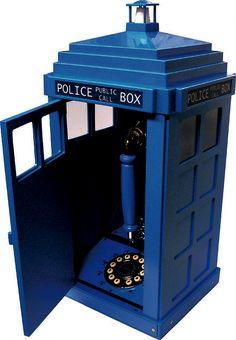 TARDIS, phone