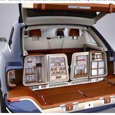 Tailgate Bentley SUV