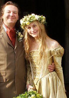 Star wars queen amidala and war on pinterest for Tudor style wedding dress
