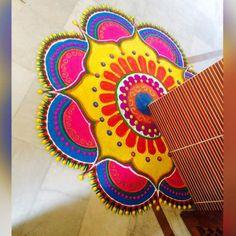 Indian Rangoli Designs, Rangoli Designs Latest, Simple Rangoli Designs Images, Rangoli Designs Flower, Rangoli Border Designs, Rangoli Ideas, Rangoli Designs With Dots, Mehndi Art Designs, Easy Rangoli