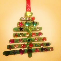 Lollipop stick Christmas tree - toddler Christmas craft