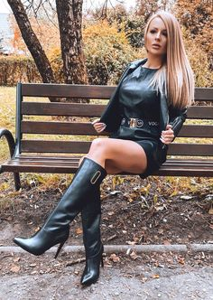 Sexy Boots, Sexy Heels, High Leather Boots, Leather Skirt, Leather Gloves, High Boots, Knee Boots, Heeled Boots, Botas Sexy