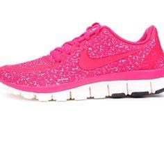 nike free runners girls