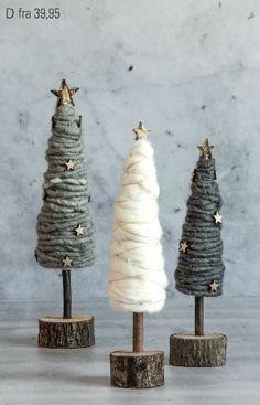 DIY Tannenbäume aus Wolle Christmas is all around you - welpen # noel Noel Christmas, Homemade Christmas, Rustic Christmas, Winter Christmas, Christmas Ornaments, Fabric Christmas Trees, Christmas Tree Crafts, Christmas Balls, Christmas Projects