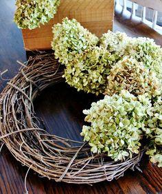 25 splendid fall outdoor decorations Dried Flower Wreaths, Hydrangea Wreath, Dried Flowers, Hydrangea Bush, Diy Fall Wreath, Autumn Wreaths, Holiday Wreaths, Halloween Wreaths, Spring Wreaths