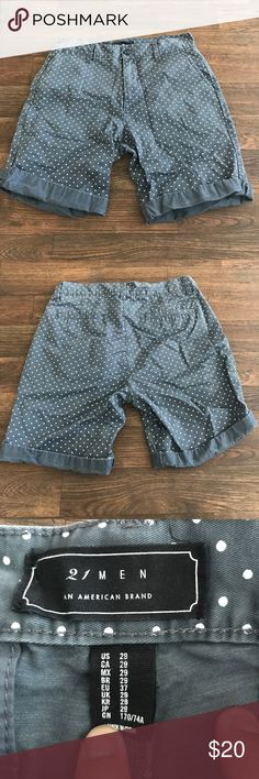 Forever 21 Men's Polka Dot Shorts sz. 29 Used condition 5 to 6/10! Plenty of wear left. Serious offers only! Forever 21 Shorts