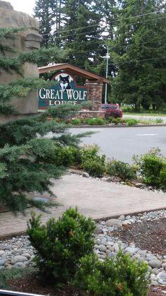 Entrance to Great Wolf Lodge Grand Mound WA.