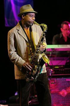 Kirk Whalum another great jazz artist that sit in with Tiz from time to time. Smooth Jazz Artists, Smooth Jazz Music, Music Is Life, My Music, Jazz Radio, Elevator Music, Acid Jazz, Contemporary Jazz, Jazz Funk
