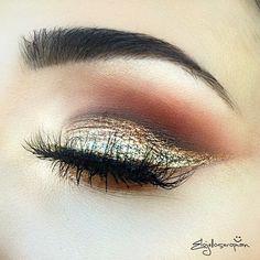 The Golden Eye! @patmcgrathreal #Gold001 #PATSGold001 #GoldLust  Lashes: @blinkingbeaute No. 7 by elojelloseropian