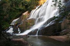 Cachoeiras de Bueno Brandão.