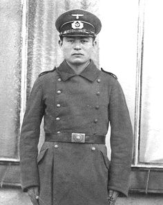 Turkistani volunteer. Military Units, Military History, Battle Of Stalingrad, Germany Ww2, Political Beliefs, Ww2 Photos, The Third Reich, Red Army, German Army