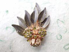 Vintage Signed WEISS Flower brooch enamel and rhinestones AC007 #Weiss