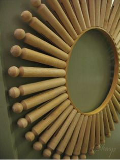 Clothespin Wreath #laundryroom #crafts