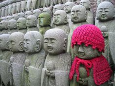 Yarn Bombing, he looks much happier!