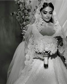 Arab Wedding, Elegant Wedding Hair, Wedding Bride, Wedding Dresses, Esra Bilgic, Afghan Girl, Bride Accessories, Turkish Beauty, Stylish Girl Pic