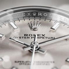 Find out how much your #finewatch #Rolex #timepiece is worth when you sell online with http://luxurybuyers.com?utm_content=buffercbd21&utm_medium=social&utm_source=pinterest.com&utm_campaign=buffer