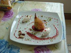 Poire    cuit  au  vin rouge  mascarpone   et  fruit  sec  Gino D'Aquino