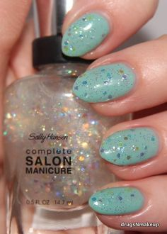 Sally Hansen Snow Globe over Jaded