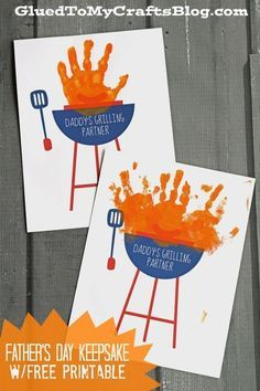 Homemade hand print Daddy's Grilling Partner Keepsake w/free printable. A cute gift idea for Father's Day that is fun and includes the kids. Daycare Crafts, Baby Crafts, Toddler Crafts, Preschool Crafts, Crafts For Kids, Preschool Ideas, Kids Daycare, Adult Crafts, Fun Crafts