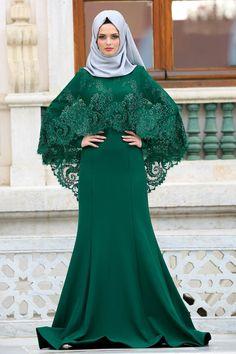 2018 Yeni Sezon Özel Tasarım Abiye Koleksiyonu -Tesettürlü Abiye Elbise - Boncuk Detaylı Koyu Yeşil Tesettürlü Abiye Elbise 43910KY