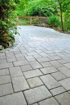 """""""I Pattern"""" (or a """"K Pattern"""" sometimes called, too) Although sort of look more like an """"H"""" – made up of two 6 x 9″ pavers and four 6 x 6″s – and flanked by more 6 x 9″s on all sides."""