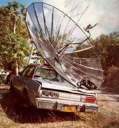 Redneck GPS...Don't holler at me EmmieLouBettyJean...that thang said drive into that there tree and thats what I did...So shut up! Techernolergy is the latest thing up here in EmptyHead Holler