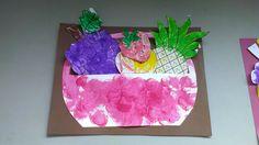 imprimer des fruits, utiliser différentes méthode pour la couleur feutres, peinture, crayon de cire.