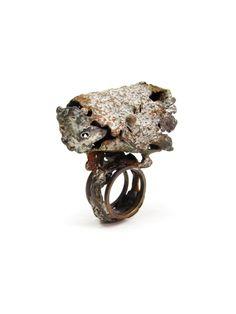 Fabrizio Tridenti - anello bronzo e acrilici I