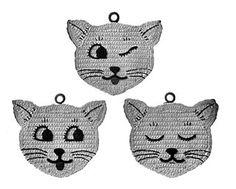 Free cat potholders patterns - learn how to crochet potholders that looks like Wynken, Blynken, and Nod. Free cat potholders patterns - learn how to crochet potholders that looks like Wynken, Blynken, and Nod. Crochet Potholder Patterns, Crochet Motifs, Crochet Dishcloths, Crocheting Patterns, Crochet Granny, Knitting Patterns, Chat Crochet, Crochet Home, Free Crochet