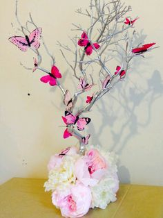Small Manzanita Blooming Butterflies Table Wedding Centerpiece by… Butterfly Birthday Party, Butterfly Baby Shower, Butterfly Wedding, Butterfly Centerpieces, Party Centerpieces, Wedding Decorations, Butterfly Table Decorations, White Centerpiece, Rama Seca