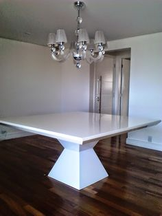 Centre Table Design, Dining Table Design, Dinning Table, Marble Top Dining Table, Square Dining Tables, Home Living Room, Living Room Decor, Dining Room Furniture Design, Dining Room Inspiration