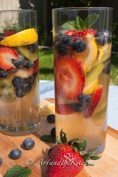 This refreshing White Wine Sangria is so quick and easy to make. One of my favourite party drinks uses a combination of fabulous fruit and your favourite white wine. More from my site Tropical White Wine Sangria Party Drinks, Wine Drinks, Cocktail Drinks, Alcoholic Drinks, Cocktails, Martinis, Party Desserts, Best Body Cleanse, Whole Body Cleanse