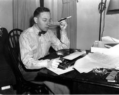 American playwright Tennessee Williams, 31, is photographed at his typewriter in his New York apartment in 1942. (AP Photo)