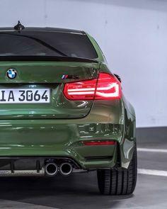 in british racing green paint Car Paint Colors, Car Colors, F30 M3, Bmw M3 Sedan, Bmw M Series, Bmw Accessories, Luxury Car Brands, Luxury Cars, Automobile