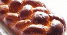 """Most bevallom őszintén, hogy bár az ilyen kalács borzasztóan jól néz ki (""""úgy néz ki mint a bolti, anya"""") fényes-fonott-szépséges, az ... Bread, Food, Brot, Essen, Baking, Meals, Breads, Buns, Yemek"""